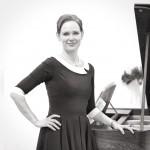(f. 1975), Uddannet ved Det Kongelige Danske Musikkonservatorium og PO-uddannet, organist i Skibby Kirke.